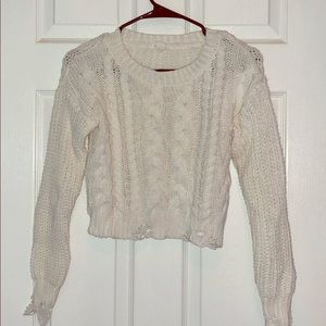 Super cropped white cable knit boxy sweater!